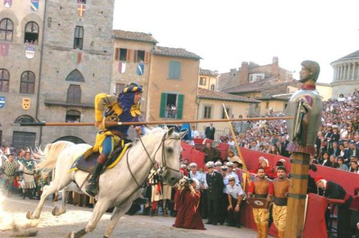 Arezzo and the Joust of Saracino